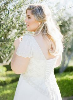 Brides: Tips for Finding the Perfect Plus-Size Wedding Dress | Pretty Pear Bride | http://www.brides.com/blogs/aisle-say/2014/11/plus-size-wedding-dress-shopping.html