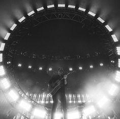 1 млн отметок «Нравится», 10.7 тыс. комментариев — Shawn Mendes (@shawnmendes) в Instagram: «Unreal show Denver thank you! X»
