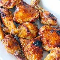 Two Ingredient Crispy Oven Baked BBQ Chicken - These oven bbq chicken drumsticks and thighs come out juicy, crispy, and perfect every time, with o - Bbq Chicken Drumsticks, Oven Baked Bbq Chicken, Baked Chicken Legs, Barbecue Chicken, Oven Bbq Chicken Thighs, Baked Drumsticks, Chipotle Chicken, Chicken Fingers, Baked Chicken