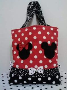 Mickey and Minnie Mouse tote/diaper bag matches the crib/toddler bed quilt and stroller/pack n play quilts. This bag is 18 x 16 and has inside pockets perfect for carrying baby necessities or using it at Disney World! Please convo me with any questions Mickey Mouse Crafts, Mickey Y Minnie, Minnie Mouse, Disney Diy, Disney Crafts, Toddler Bed Quilt, Sewing Crafts, Sewing Projects, Baby Necessities