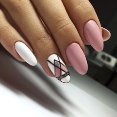 The graphic pattern is suitable for painting on square nails and almond nails. It can make a matte effect and set off the user's calm temperament. It can also be decorated with some sequins to make the nails look lively. Nail Designs Spring, Nail Art Designs, Spring Nails, Summer Nails, How To Do Nails, Fun Nails, Oval Shaped Nails, Geometric Nail, Finger