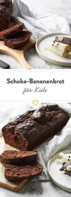 Deine Kinder werden große Augen machen, wenn du ihnen dieses schokoladige Bananenbrot mit Schoko-Bananen-Tieren servierst.