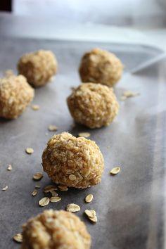 Healthy No Bake Coconut Bites - simple and delicious snack idea!
