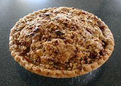 Caramel Pecan Apple Pie TO.DIE.FOR!!!!