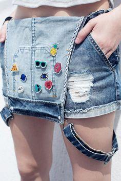 A nova tendência agora é  Patches e Bottons  São coloridos e bem divertidos Esses são encontrados naa lojas Renner