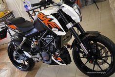 Love my new ride... KTM Duke 200 ABS by peterjaena, via Flickr