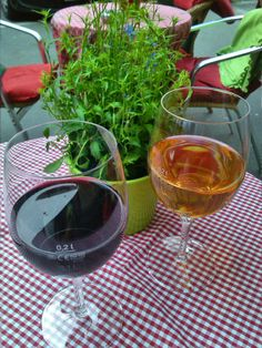 Tapas Gleimstrasse. Tapas, Alcoholic Drinks, Wine, Glass, Food, Drinkware, Corning Glass, Essen, Liquor Drinks