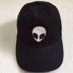 Brandy Melville Black Alien Hat ✨Item Available✨ Would like to trade for  Brandy. ae480be86dc