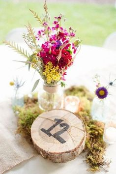 Rustic Casual Wedding Centerpieces / http://www.himisspuff.com/rustic-wedding-centerpiece-ideas/7/