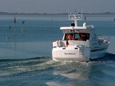 Ostfriesland. Boot im Hafen von Baltrum