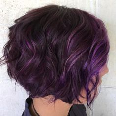 60 Messy Bob Hairstyles for Your Trendy Casual Looks Brunette Bob With Purple Balayage Short Purple Hair, Hair Color Purple, Purple Bob, Dark Hair With Purple, Hair Colors, Burgundy Hair, Gray Hair, Short Hair With Color, Dark Red
