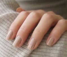 25 diseños de uñas color nude delicados y modernos | Belleza