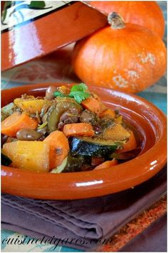 """""""A vegetarian tagine that we just had to transform into a complete dish by adding a little beef"""" Base 1 pumpkin 2 red onions 3 cloves of garlic 5 beautiful carrots 1 zucchini 1 candied lemon 1 bunch of coriander 1 generous handful of olives 1 … Easy Cooking, Cooking Recipes, Healthy Recipes, Vegetarian Tagine, Quinoa, Easy Casserole Recipes, Vegetable Recipes, Fall Recipes, Love Food"""