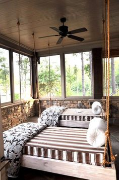 In love with this sleeping porch! ideas furniture - Kariane Kub III - In love with this sleeping porch! ideas furniture In love with this sleeping porch! Hanging Porch Bed, Porch Swing, Hanging Beds, Swing Beds, Bed Swings, Hanging Chairs, Up House, House With Porch, Remodeling Mobile Homes