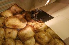 microwave baked potato pouch Baked Potato Microwave, Microwave Baking, Pouch, Potatoes, Vegetables, Food, Sachets, Potato, Essen