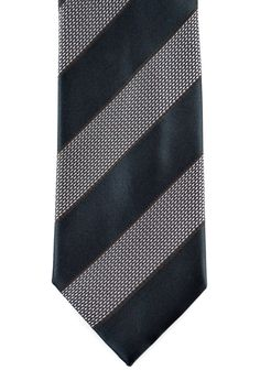 Demure and dandy, in this office-style silk neck tie by Brioni.     Want your own? http://www.frieschskys.com/neckwear     #frieschskys #mensfashion #fashion #mensstyle #style #moda #menswear #dapper #stylish #MadeInItaly #Italy #couture #highfashion #designer #shopping