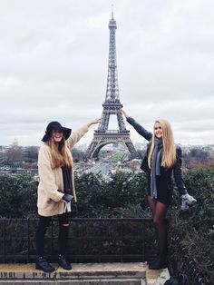images of friends in Paris - Google Search
