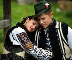 Dragobete is a traditional Romanian holiday originating from Dacian times and… Traditional Art, Traditional Outfits, Beautiful World, Most Beautiful, Folk Costume, Costumes, Romania People, Romanian Girls, Visit Romania