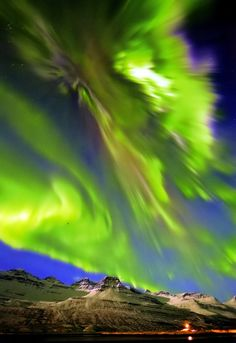 Exhibit B. Previous ultra-fancy pinner: ☆☽ Ꭿմɽσɽą ᙖσɽҽąℓᎥʂ & Ƭɦҽ ♑Ꭵɠɦ৳ Ꮥƙƴ ☾☆ ~ Iceland. Me: GO TO YOUR ROOM!