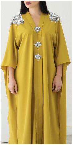 FAAL Caftan YAID young Arab independent designer Arab Fashion, Muslim Fashion, Modest Fashion, Fashion Outfits, Hijab Mode, Mode Abaya, Long African Dresses, Latest African Fashion Dresses, Hijab Stile