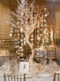 """30"""" Vogue Manzanita Centerpiece Tree Gold"""