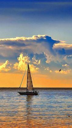 Nature Pictures, Beautiful Pictures, Sailing Holidays, Italy Holidays, Nautical Art, Sail Away, Beautiful Landscapes, Sailing Ships, Nature Photography