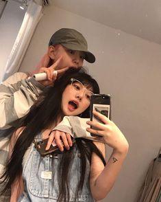 Korean Aesthetic, Couple Aesthetic, Aesthetic Girl, Ulzzang Couple, Ulzzang Girl, Girls In Love, Cute Girls, Couple Fotos, Foto Best Friend