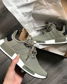 adidas Originals NMD in oliv-weiß/green-white // Foto: mr. Moda Sneakers, Cute Sneakers, Sneakers Adidas, Nmd Adidas Women Outfit, Adidas Nmds, Shoes Sneakers, Crazy Shoes, Me Too Shoes, Instagram Mode