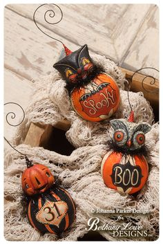 Halloween Ball Ornament characters designed by folk artist Johanna Parker for Bethany Lowe Designs ~ featured in the September 2014 issue of Country Sampler Magazine. Retro Halloween, Spooky Halloween, Halloween Gourds, Polymer Clay Halloween, Halloween Ball, Holidays Halloween, Happy Halloween, Halloween Halloween, Diy Halloween Ornaments