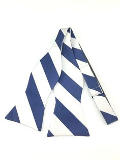 Silver with Navy Blue Stripes Self Tied Bowtie Dark Blue Suit, Navy Blue, Ties Online, Silver Bow Tie, Formal Tie, Bowties, Wedding Men, Blue Stripes, Groomsmen