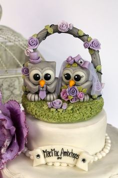 Owl cake topper with wedding floral arch, stand and banner - wedding custom cake topper. $89.00, via Etsy.