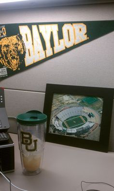 A very #Baylor Proud office. (via @stephenhart87) #sicem