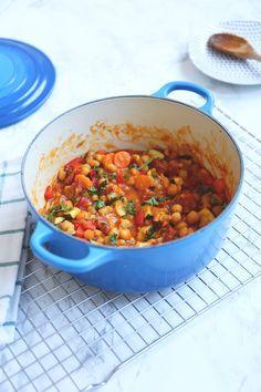 Mediterraans eenpansgerecht Chorizo, Fish And Meat, Mediterranean Recipes, Tasty Dishes, Food Inspiration, Food To Make, Meal Planning, Good Food, Dinner Recipes