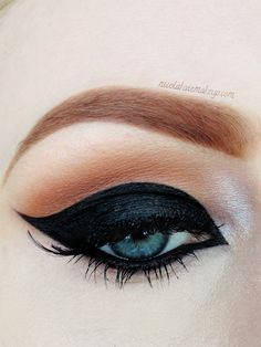 Nicola Kate Makeup: Dramatic Cat Eye