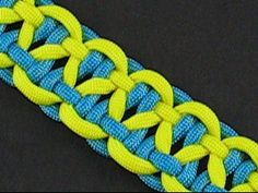 Knotted two-tone paracord