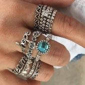 ZSN 11 PCS/set Vintage Hand Knuckle crystal Finger Ring Set For Women Flower Heart Crown Rings Ethnic Boho Statement Jewelry. Product ID: Vintage Silver Rings, White Gold Rings, Antique Silver, Ring Set, Ring Verlobung, Rare Crystal, Thing 1, Diamond Anniversary Rings, Knuckle Rings