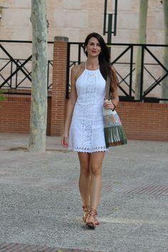 a8d3258af Vestido Branco de Renda Vestidos Casuais