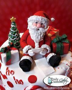 Santa Cake by Truly Custom Cakery Christmas Themed Cake, Christmas Cake Designs, Christmas Cake Topper, Christmas Cake Decorations, Christmas Cupcakes, Holiday Cakes, Christmas Desserts, Christmas Treats, Christmas Baking