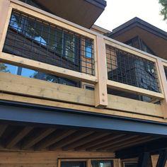 Tahoe Woven Mesh Panels by Wild Hog Railing - Powder Coat Matte Black Wire Deck Railing, Deck Railing Design, Deck Design, Deck Railing Ideas Diy, Outdoor Railings, Hog Wire Fence, Porch Ideas, Deck Building Plans, Deck Plans