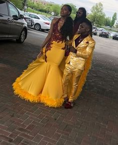 Yellow Prom Dresses 2019 New Formal Evening Gown Yellow Lace Halter Backless 2018 Sexy Women Party Gowns Yellow Sweep Train Lime Green Prom Dresses, Black Girl Prom Dresses, African Prom Dresses, Cute Prom Dresses, Prom Outfits, African Dress, Homecoming Dresses, Prom Couples, Prom Goals