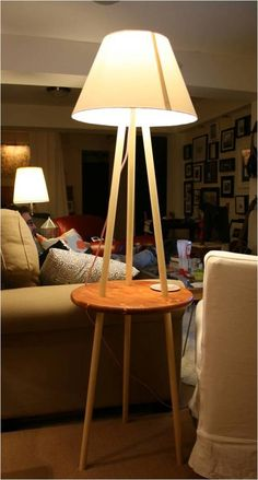 DIY lampadaire trépied avec tablette Le blog de Béa