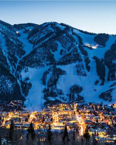 Without a single doubt one of the most breathtaking places I have seen! Aspen Mountain, Colorado: Best Ski Resorts in The West 2017 Colorado Winter, Skiing In Colorado, Colorado Ski Resorts, Colorado Trip, Colorado Springs, Ski Vacation, Dream Vacations, Vacation Places, Norse Mythology