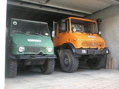 421 (left) & 417; Mercedes-Benz Forum