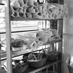 Pop's Bread Rack... Pop's Espresso Bar, New York