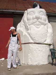 Carving the worlds largest garden gnome in Zielona Gora, Poland. (This is just one half)