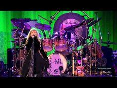 Fleetwood Mac - Dreams (live 2015) - YouTube