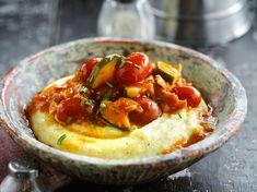 Découvrez la recette Polenta aux légumes et au thon sur cuisineactuelle.fr.