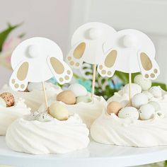 Die süßen Kuchentopper sind die perfekte Osterdeko für den Osterbrunch Easter Cake Toppers, Easter Bunny Cupcakes, Cupcake Toppers, Cupcake Ideas, Easy Easter Desserts, Easter Recipes, Cupcake Muffin, 60th Birthday Decorations, Birthday Ideas