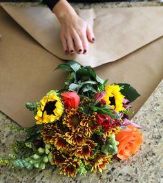 How to wrap flowers in paper flowers arrangement wrap flowers – calicrest Wrap Flowers In Paper, How To Wrap Flowers, Diy Flowers, Flower Decorations, Bohemian Flowers, Bouquet Wrap, Paper Bouquet, Diy Bouquet, Cut Flower Garden