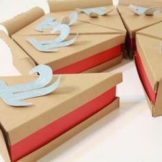 Paper Pie Gift Boxes (for Pi Day!) {Paper Crafts}